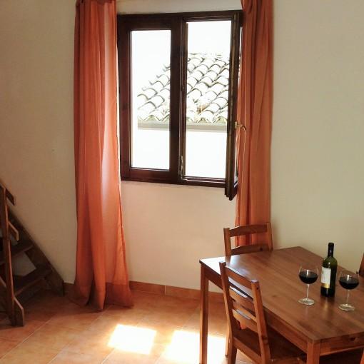 Casa del Cipresso Table